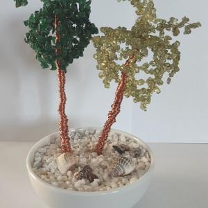 Aventurin-Peridot ásványfa, Otthon & Lakás, Dekoráció, Dísztárgy, Gyöngyfűzés, gyöngyhímzés, Aventurin és Peridot fák. 400 és 426 db. kis törmelékköves kőből (0,3-0,5 mm) állnak a lombok. A söt..., Meska