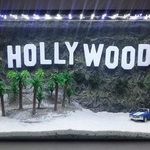 Hollywood egyedi kézműves akvárium, Művészet, Más művészeti ág, Üvegművészet, Festészet, Köszöntelek kedves érdeklődő!\n\n\nEgyedi, nem hétköznapi kézműves akváriumháttereket gyártunk. Az első..., Meska