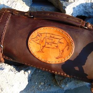 Késtartó táska, Férfiaknak, Táska, Divat & Szépség, Táska, Férfi táska, Bőrművesség, Bivalybőr(2,5mm) és marhabőr(1,1mm) felhasználásával készült késtartó táska. \n\nMéret:70X45 cm \n..., Meska