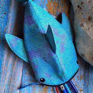 Rendelhető!Kék pikkelyes cápa tolltartó neszesszer  - Meska.hu