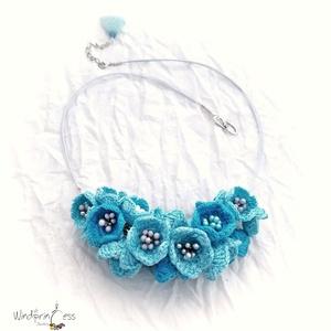 Kék virágos horgolt nyakék (windprincess) - Meska.hu