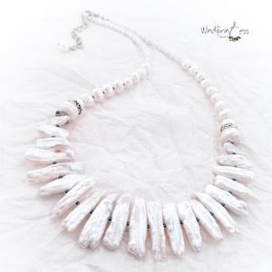 Biwa gyöngyös nyakék, fehér (windprincess) - Meska.hu