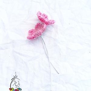 Daisy fülbevaló , rózsaszin, Pötty fülbevaló, Fülbevaló, Ékszer, Ékszerkészítés, Horgolás, A horgolt virágos kollekció része.\nSzínes gyöngyfonalból horgolt virágos, különleges akasztó megoldá..., Meska