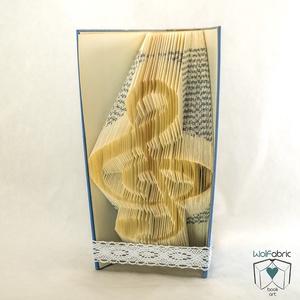 Violinkulcs alakú hajtogatott könyv origami - Zene - Zenész - kotta - E202, Otthon & lakás, Egyéb, Dekoráció, Lakberendezés, Hangszer, zene, Hajtogatott könyv vagy más néven könyv origami.    ****ALAP INFORMÁCIÓK**** A hajtogatott könyv ideá..., Meska