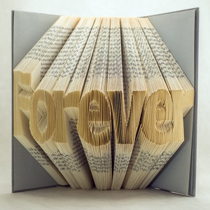 Egyedi 7 betűs feliratos hajtogatott könyv-Újrahasznosított-egyedi hét betűs szöveg-Forever-Mindig- esküvői ajándék -E88, Otthon & lakás, Dekoráció, Dísz, Lakberendezés, Hajtogatott könyv vagy más néven könyv origami.  Egyedi elképzelés alapján bármilyen szöveg elkészít..., Meska