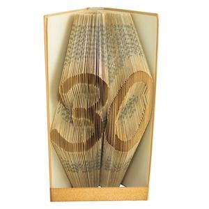 30 Egyedi számos hajtogatott könyv origami, születésnapra, házassági évfordulóra, két szám, könyvszobor, barátnak,E663 , Dekoráció, Otthon & lakás, Dísz, Lakberendezés, Papírművészet, Újrahasznosított alapanyagból készült termékek, Hajtogatott könyv vagy más néven könyv origami. \nEgyedi elképzelés alapján bármilyen szöveg elkészít..., Meska