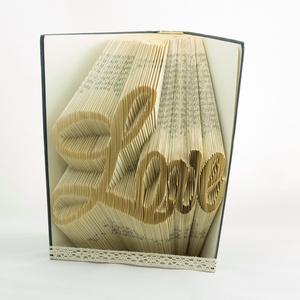 Prémium könyvszobor - Love felirat - Egyedi grafika - Szerelmes pároknak - Feleségnek - E678 (Wolfabric) - Meska.hu