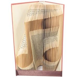 Hangjegy alakú hajtogatott könyvszobor, Zenetanár, Zenész, Éneke, Énektanár, Szolfézs, Zene, Művészet E753, Könyvszobor, Dekoráció, Otthon & Lakás, Papírművészet, Hajtogatott könyvszobor vagy más néven könyv origami.  \n\n****ALAP INFORMÁCIÓK****\nA hajtogatott köny..., Meska