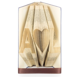 Személyes Nászajándék könyvszobor, Esküvőre, Menyasszonynak, Vőlegénynek, Monogram, Szív, Romantikus, Könyvszobor, Dekoráció, Otthon & Lakás, Papírművészet, Esküvőre vagy hivatalos és szeretnéd az ifjú párt meglepni valami igazán egyedivel? \n\nMegsúgom az ör..., Meska