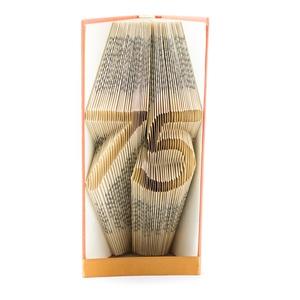 75 - Könyvszobor, könyv origami - 75. születésnapra, Otthon & lakás, Férfiaknak, Dekoráció, Lakberendezés, Hajtogatott könyv vagy más néven könyv origami.  Egyedi elképzelés alapján bármilyen szöveg elkészít..., Meska
