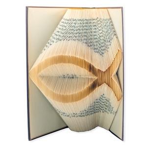 Hal könyvszobor, Keresztény ajándék, Keresztelő ajándék, Elsőáldozási ajándék, E197, Könyvszobor, Dekoráció, Otthon & Lakás, Papírművészet, ❤️❤️Személyreszabott könyvszobor Elsőáldozásra. ❤️❤️\n\nEgyedi elképzelés alapján bármilyen szöveg elk..., Meska