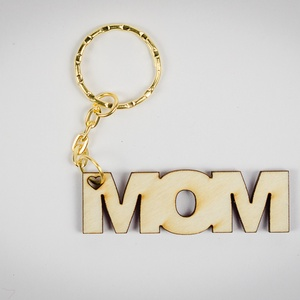 """Mom kulcstartó - lézer vágott fa - Anyák napi ajándék - személyes - KUL001, Kulcstartó szekrény, Bútor, Otthon & Lakás, Gravírozás, pirográfia, ****ÉRZÉSEK****\n\nReggeli sietés közben: \n\""""Drágám, hol van a kulcscsomóm?\""""\nNincs válasz....\n\nAjándéko..., Meska"""