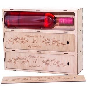 Virágos Bortartó, Nászajándék boros doboz, Esküvői ajándék, Díszdoboz, Házassági évforduló, Bor NÉLKÜL, Pénz mellé, Esküvő, Nászajándék, Emlék & Ajándék, Palackposta - Üzenet az utókor(ty)nak egy-egy palack borral.   2 szerelmes ember - 3 évforduló - 3 p..., Meska