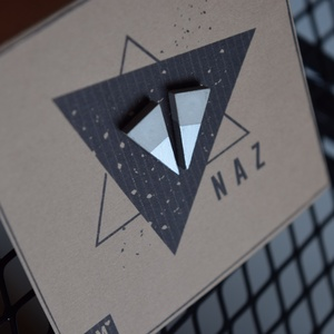NAZ- háromszög beton fülbevaló - Meska.hu
