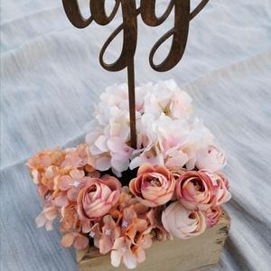 Beszúrós asztalszámok egytől tízig - sötétbarna színben, Esküvő, Asztaldísz, Dekoráció, Famegmunkálás, Fából készült asztalszámok -sötétbarna színben A számot betűzheted a képen látható módon egy virágo..., Meska