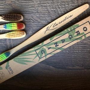 Gravírozott bambusz fogkefe saját névvel, Fogápolás, Szépségápolás, Gravírozás, pirográfia, •Egyedi gravírozott bambusz fogkefék\n•Újrahasznosítható nyél♻️\n•Saját neveddel, választható szövegge..., Meska