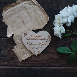Szív alakú esküvői köszönetajándék, hűtőmágnes, Esküvő, Emlék & Ajándék, Köszönőajándék, Famegmunkálás, Gravírozás, pirográfia, Meska