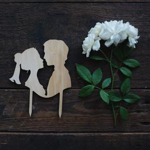 Páros esküvői tortabeszúró, tortadísz fából, Esküvő, Dekoráció, Sütidísz, Famegmunkálás, Meska
