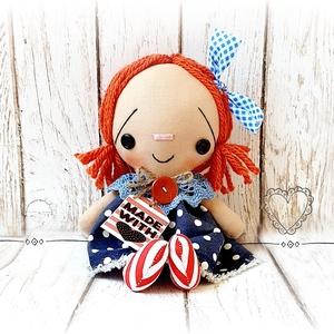 Matróz Raggedy Ann baba, Otthon & lakás, Dekoráció, Lakberendezés, Baba-és bábkészítés, Varrás, 24 cm magas dekorációs baba.\nNagyszerű dísze lehet a lakásnak.\nEgyéni szabásminta alapján készül min..., Meska