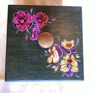 Kézzel festett doboz  (YuliaP) - Meska.hu