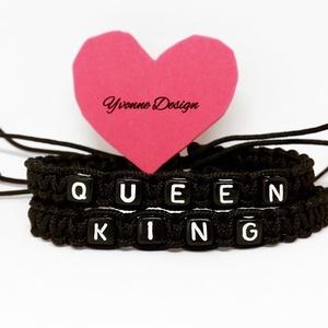 Queen King karkötőpár pároskarkötő Szerelmeseknek, Monogramos & Névkarkötő, Karkötő, Ékszer, Csomózás, Ékszerkészítés, Ez az egyedi karkötőpár, fekete/fehér parakord zsinórból készültek, csomózásos makramé technikával. ..., Meska