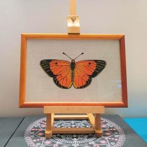 Pillangó 1, Akril, Festmény, Művészet, Festészet, Lenvászonra festett pillangó. Fakeretes, üveglapos, fémakasztóval ellátott. A keret direkt 2 féle ár..., Meska