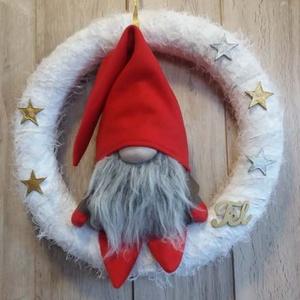 Big Manós Ajtódísz, Karácsony, Karácsonyi dekoráció, Otthon & lakás, Dekoráció, Lakberendezés, Ajtódísz, kopogtató, Varrás, Virágkötés, Manócskás ajtódísz extra nagy méretben.\nNagy manós ajtódísz, kopogtató, koszorú.\nIgazi téli dekoráci..., Meska