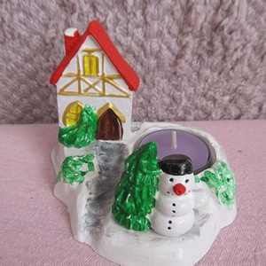 Téli mécses, Dekoráció, Ünnepi dekoráció, Karácsonyi, adventi apróságok, Karácsonyi dekoráció, Gyertya-, mécseskészítés, Gipszből öntöttem ki ezt az aranyos téli mécsestartót, amit ezt követően festékkel kiszíneztem. Iga..., Meska