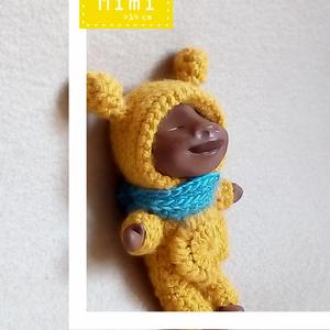 MIMI, a mini-mini :), Otthon & lakás, Képzőművészet, Szobor, Textil, Vegyes technika, Baba-és bábkészítés, Szobrászat, MIMI egy kb. 14 cm magas, minden elemében egyedi, kézzel készült figura. Feje, végtagjai polymer cla..., Meska