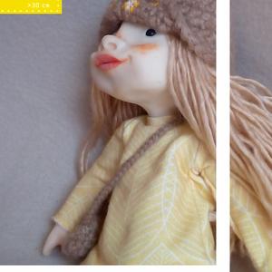 LENKA, a mezei tündér első unokatestvére, Egyéb, Gyerek & játék, Játék, Baba, babaház, Otthon & lakás, Képzőművészet, Textil, Baba-és bábkészítés, Szobrászat, Lenka egy kb. 30 cm magas, minden elemében egyedi, kézzel készült figura. Feje, végtagjai polymer cl..., Meska