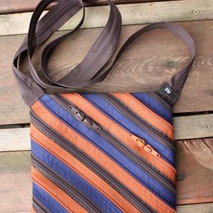 cipzártáska átlós barna kék Mini , Válltáska, Kézitáska & válltáska, Táska & Tok, Varrás, Mini cipzártáska (Kb. 20x18cm, szára kb 110cm)\n\nEsti kimozduláshoz tökéletes kicsi táska, elfér benn..., Meska
