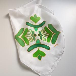 Kézzel festett SELYEMKENDŐ, ősi magyar népművészet, zöld, arany, fehér_63 - Meska.hu