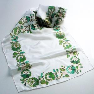 Kézzel festett SELYEMSÁL, matyó virág, minta, zöld, fehér és bronz színek_13, Táska, Divat & Szépség, Magyar motívumokkal, Ruha, divat, Sál, sapka, kesztyű, Selyemfestés, anyaga: 100% hernyóselyem\nmérete: 40 x 150 cm\negyéb: oldalt szegett, kímélő mosószerrel / samponnal,..., Meska