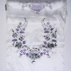 Kézzel festett SELYEMSÁL, matyó virág, lila, szürke, ezüst, fehér, gyöngyház_52 (zitanart) - Meska.hu