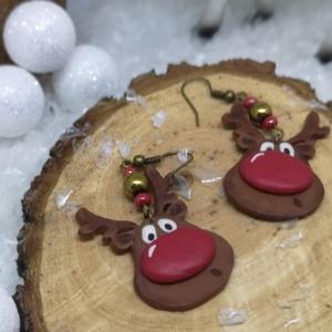 Cuki szarvas fejes fülbevaló, Ékszer, Fülbevaló, Ékszerkészítés, Gyurma, Nagyon cuki szarvas fejek, hematit gyöngyökkel díszítve!\nTökéletes karácsonyi viselet, de ajándéknak..., Meska