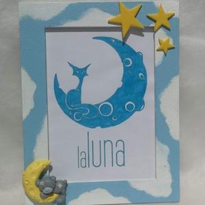 Babaváró macis képkeret + ajándék grafika, Gyerek & játék, Baba-mama kellék, Gyerekszoba, Képkeret, Gyurma, Különleges babaváró ajándék!\n\nA maci és a csillagok süthető gyurmából készültek, fa festett képkeret..., Meska