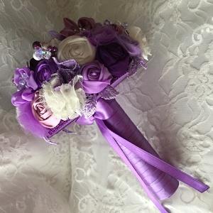 Lila álom, Esküvő, Esküvői csokor, Mindenmás, Virágkötés, Menyasszonyi örök csokor,csupa szépséges virágból,amiket magam készítettem.\nKülönböző minőségű anyag..., Meska