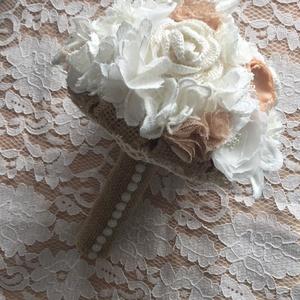 Romantikus csipkés álom, Esküvő, Esküvői csokor, Mindenmás, Virágkötés, Menyasszonyi örök csokor,csupa szépséges virágból,\nhorgolt virágokból és csipkékből áll a csokor.\nA ..., Meska