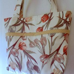 Pasztell színű tulipános válltáska (ZoeCollection) - Meska.hu