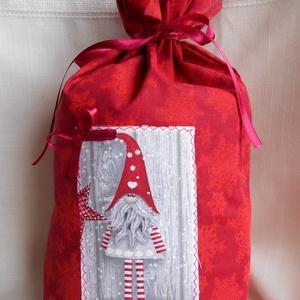 Textil Mikulászsák hosszú lábú Mikulás manóval (piros hópehely mintás), Mikulás, Karácsony & Mikulás, Otthon & Lakás, Varrás, Légy előre látó, és szerezd be időben a mikuláscsomagokat. Ha olyan csomagokat szeretnél, amit sok-s..., Meska