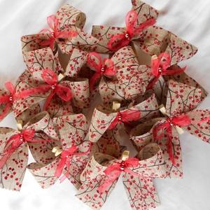 11 db-os beige alapon piros bogyós csipeszes masni karácsonyfára, Otthon & Lakás, Karácsony & Mikulás, Karácsonyfadísz, Varrás, Ha valami különleges díszítéshez keresel kiegészítőt akkor neked ajánlom ezt a csipeszes, 4 cm széle..., Meska
