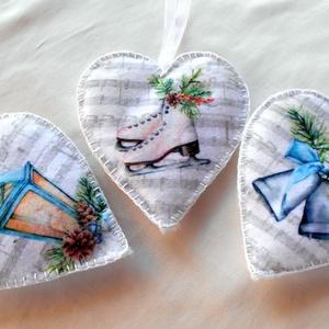 Vintage stílusú szív alakú karácsonyfadísz téli mintákkal (3 db-os), Karácsonyfadísz, Karácsony & Mikulás, Otthon & Lakás, Varrás, Karácsonyfa díszítéséhez, ajándékozáshoz ajánlom ezt a vintage stílusú (korcsolya, lámpás és harang ..., Meska