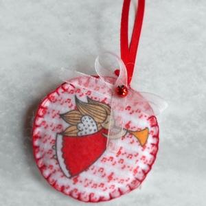 Kör alakú kürtölő angyalkás karácsonyfadísz (piros kottamintás-fehér) - Meska.hu