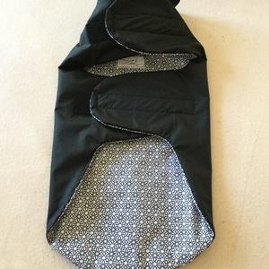 Kutyaruha-esőkabát fekete-mintás béléssel 30 cm - Meska.hu