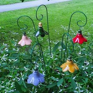 Kis harang virág (5 db, akasztóval) kerámiából, Csokor & Virágdísz, Dekoráció, Otthon & Lakás, Kerámia, Kis harang virágainkkal tegye otthonát szebbé. Díszítse velük virágtalan fűszernövényeit, mely így a..., Meska