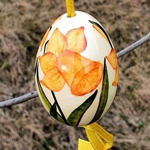 Húsvéti tojás Nárcisszal , Otthon & Lakás, Dekoráció, Dísztárgy, Kerámia, Egyedi kézi festésű nárciszos tojás.\nDíszítsd otthonod vagy kerted gyönyörű egyedi kézzel festet nár..., Meska