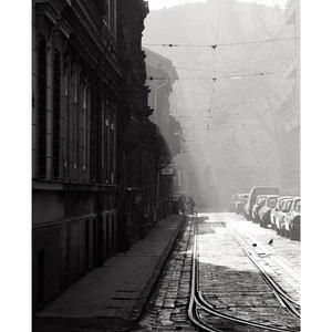 Biciklis az Angyal utcában, Budapest, 1992., Művészet, Művészi nyomat, Fotó, grafika, rajz, illusztráció, A4 méretű digitális nyomat, készletről megvásárolható.\nA küldeményt az átutalás megérkezése után 1 m..., Meska