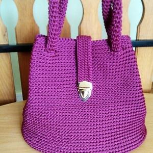 Horgolt női táska burgundy színben - Meska.hu