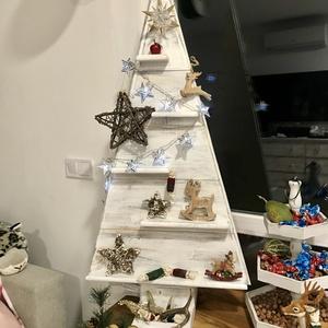 Fa karácsonyfa , Karácsonyi dekoráció, Karácsony & Mikulás, Otthon & Lakás, Famegmunkálás, Egy rendhagyó ámbár a szezonba igencsak illő újdonságot hoztunk nektek! \nHa unod a tűleveleket, vagy..., Meska