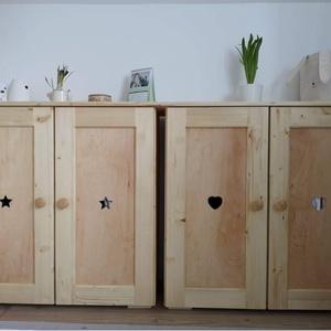 Gyerek szekrény fából , Otthon & Lakás, Bútor, Szekrény, Famegmunkálás, Gyerek szekrény\n\nIdei egyik kedvencünk a kifejezetten gyerekek számára készült gyerek szekrény.\nNatú..., Meska